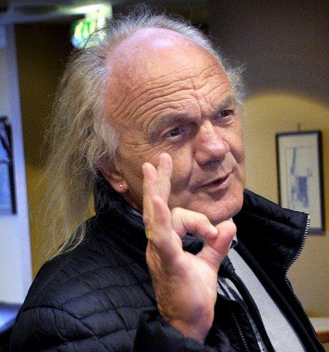 UT: Advokat Harald Otterstad mener fortsatt varetekt er en stor belastning for 81-åring.