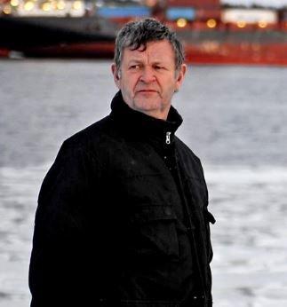 Holder i trådene. Ragnar Bjørck er leder av redaksjonsrådet i Hvaler meninghetsblad.