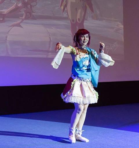 """Mikaela Reinton vant prisen for """"Beste show"""" med sin karakter """"Mipha"""" i cosplay-konkurransen under Sci-Fi festivalen på Fredrikstad kino."""