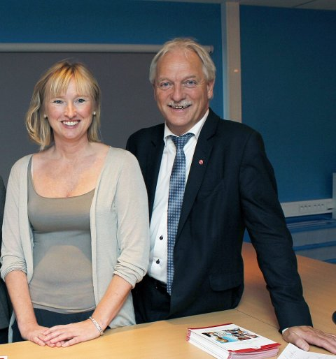 Ny linje: Fungerende rektor ved SVS, Sylvi Halseth, og Odd Eriksen, prosjektleder i Helgeland regionråd ønsker ny linje på SVS.
