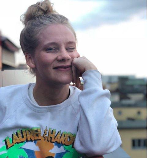 MÅTTE FORLATE ALTA: Allerede som 19-åring visste Caroline at hun var nødt til å flytte fra Alta for å følge drømmen hun har hatt siden hun var barn.