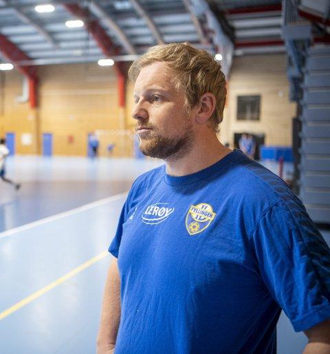 FyllingenBergens nye hovedtrener Fredrik Ruud seg ikke stresse. – Vi skal ta steg over tid, det er små justeringer som skal til for at vi kan bli bedre, sier han.
