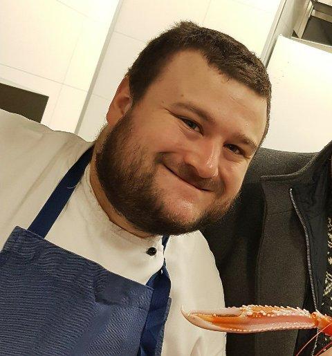 OPNAR RESTAURANT: Bjørn Tenud (28) frå Sandane skal opne restauranten Gulldamene saman med barndomsvennen Preben Moen. No planlegg dei konsept og utsjånad.