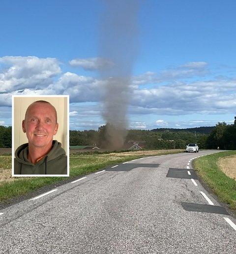 VIRVELVIND: Bilen til høyre i bildet gir en pekepinn på størrelsen på virvelvinden som Terje Haaland observerte ved Skårabakken fredag 20.8.21.