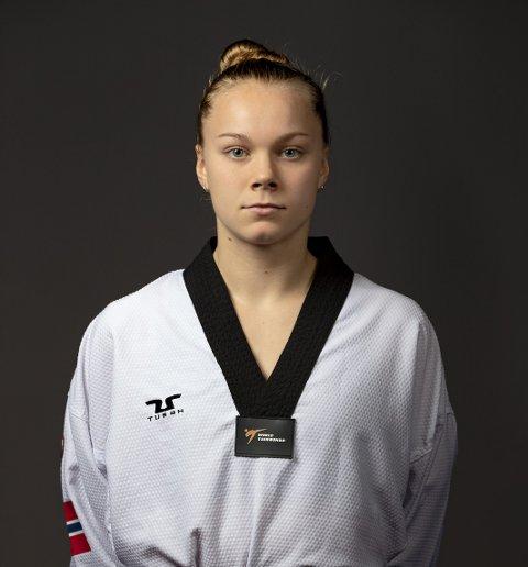 Randi Dyngeland er reserve på det norske laget til OL-kvalifiseringen. Men hun satser uansett frem mot Paris-OL 2024.