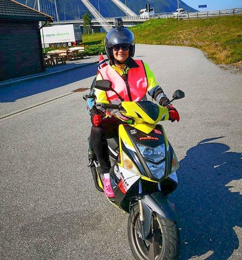 KREFTAKSJON: Audhild Aspsæter har startet på turen fra Kanestraum til Bergen for å samle inn penger til kreftsyke barn ved barneavdelingen på Haukeland sykehus.
