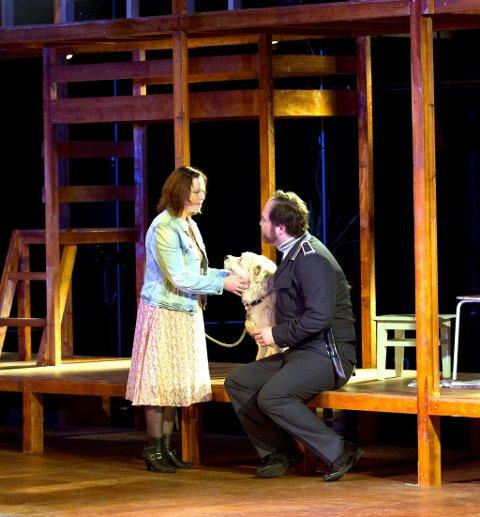 MÅTTE OVERTA: Kjerstin Løvdahl steppet inn i rollen som Mikaela på bare noen dagers varsel etter at Tanja Leine ble syk. Her med Hallvar Djupvik som spiller don José.