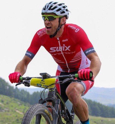 Vidar Mehl samlet også inn penger til gode formål under sine 24 timer på sykkelen.