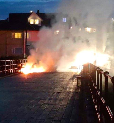Torsdagskveldens brann i Gamle Rolvsøysund bru var påsatt.