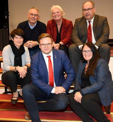 Innlandet: Aud Hove er uroa over kva regionreformen fører med seg. Her saman med forhandlarane frå Oppland og Hedmark.Arkivfoto