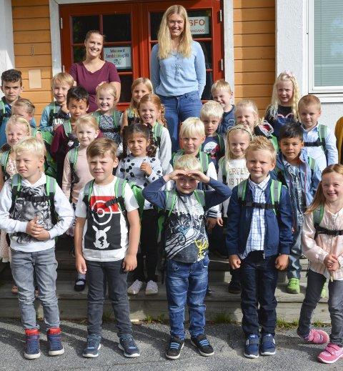 FØRSTE SKOLEDAG: Ved Sannidal skole begynte 23 seksåringer skoleløpet sitt i går.