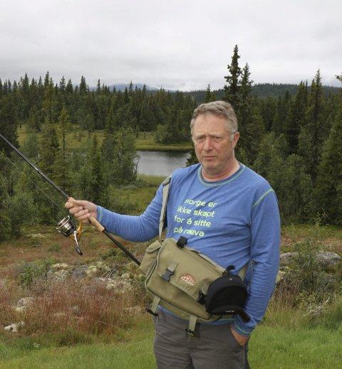 BEKYMRET: Sportsfisker Arnt Orskaug.Foto: Geir Norling