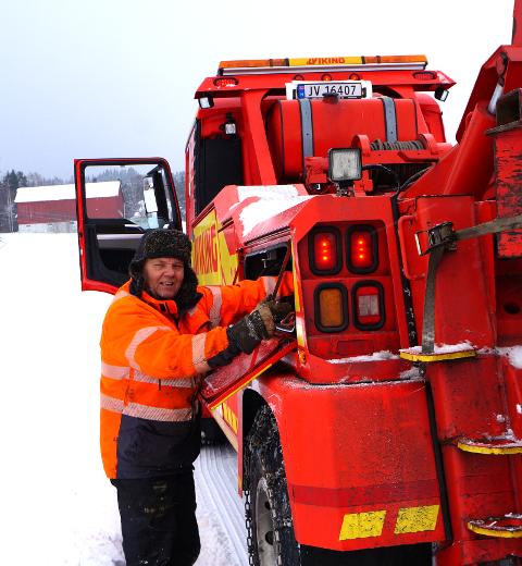 KLARE: Bilberger Tom Heier ved Lunner Auto og hans kollegaer på Roa er klare for en ny vintersesong. Her fra en tidligere redningsaksjon i Nordre Oppdalen.