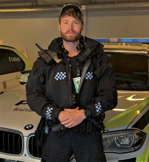 NYUTDANNET: Ola Andreas Robøle (24) er nyutdannet politi og på jakt etter fast jobb. Det er ikke så lett for den unge politimannen.