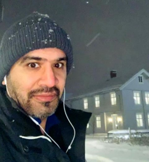VIL HA UNGDOMSHUS: Mahmod Ahmad (SV).