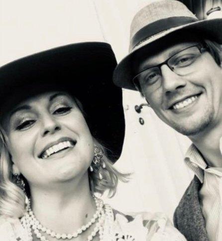 ÅRETS ARTISTER: Katharina Frogner Kockum og Johan Wallace skal opptre på årets olsok-konsert i Åros kirke.