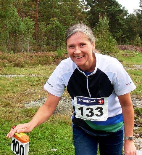 En fornøyd Tove Strand kunne stemple i mål som veteranmester i Gaupesteinmarka