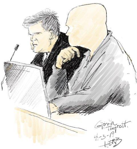 GJØVIK TINGRETT MANDAG: Den tiltalte eks-politimannen sammen med sin forsvarer. Tegning: Herb