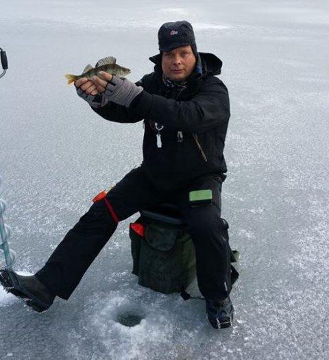 Tor-Ivar Bjørnstad tok gull med herrelaget under nordisk mesterskap i isfiske.