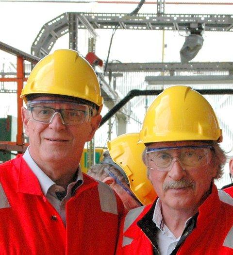 Harry Herstad (Ap) er ny ordfører på Stord. Her sammen med stortingsrepresentant Magne Rommetveit (til venstre). FOTO: AP