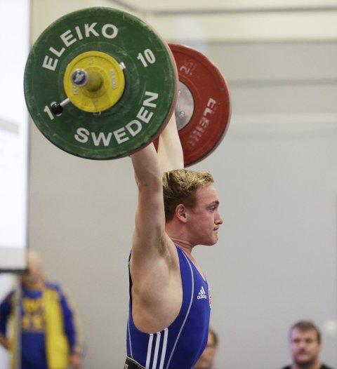 PRESTERTE PÅ HJEMMEBANE: Tysværbuen Alexander Kolstø Våge i aksjon. FOTO: GRETHE NYGAARD