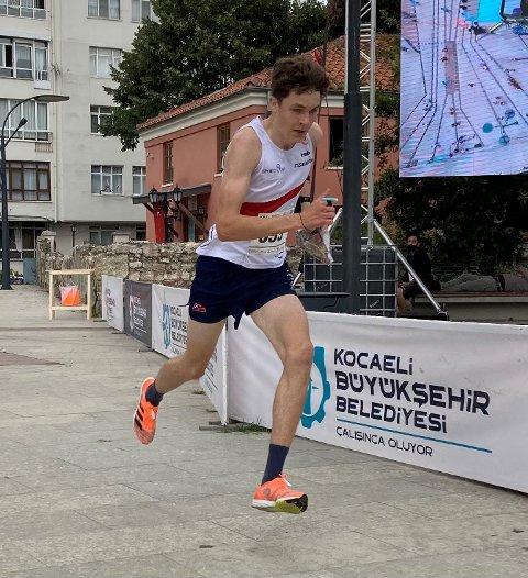 24. PLASS: Tobias Alstad fra Frol ble nummer 24 på langdistansen i junior-VM i orientering.