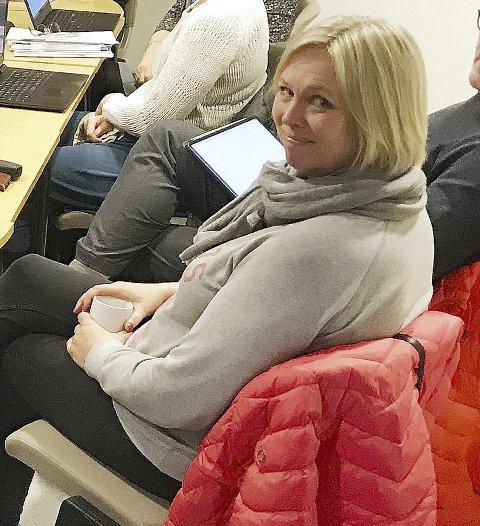 TIL STEDE: Under ku-møtet var ordfører Elin Gran Weggesrud. Foto: Pål Nordby