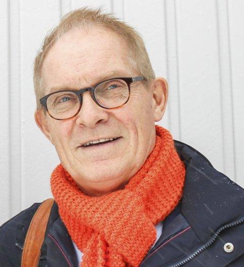 Tor Lie, leder i Færder næringsforening, ber kommunen revurdere den planlagte parkeringsstrategien.