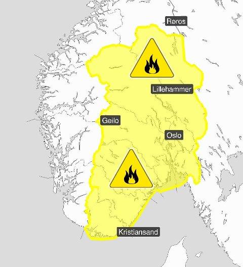 FAREVARSEL: Meteorologisk institutt la ut dette bildet på Twitter mandag, sammen med varselet om skogbrannfare.