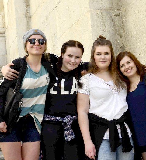 Mange opplevelser: De fire jentene fra reiseliv fikk oppleve mye under sine to uker i Italia. (f.v.) Kristiine Raud, Caroline Knudsen Borge, Marlene Karlsen og Gintare Tiskeviciute