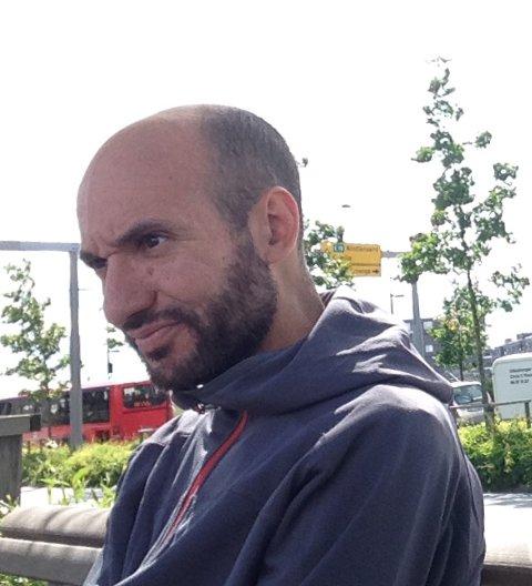 41 år gamle Khalil Byjou er savnet. Slik ser han ut.