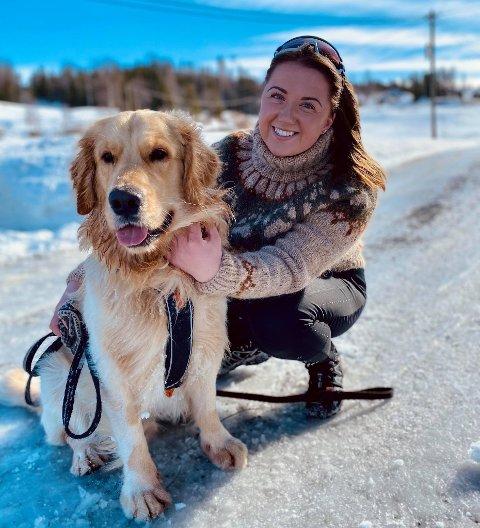 FLYTTA HEIM: Marte Døvre-Holdal fra Skrautvål flytta til Oslo for å studere i 2017. Hun kom heim til Valdres i 2019, da til Rogne, men snart flytter hun helt heim – til et nybygd hus i Skrautvål.