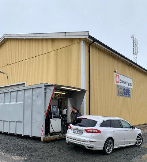 Fredag åpnet Ess Partner nok en stasjon - denne gangen i Straumen.