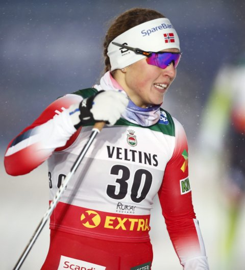 Imponerte: Tiril Udnes Weng gikk seg helt til finalen og ble nummer seks i verdenscupåpningen i finske Ruka fredag. Foto: Terje Pedersen / NTB scanpix