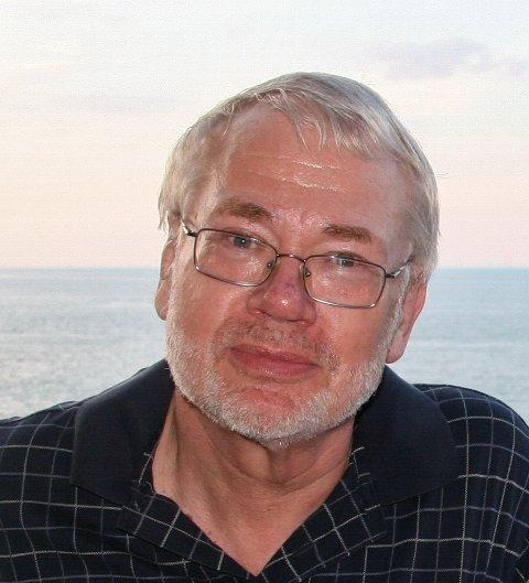 EKSPERT: Medieprofessor Sigurd Høst tror betalingsviljen på nett smitter.