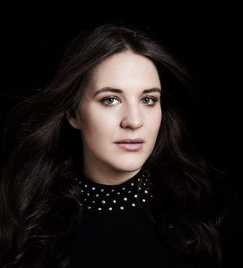 DEBUTERER: Lise Davidsen opptrer for første gang på La Scala i Milano. Foto: Ray Burmiston / handout  NTB kultur