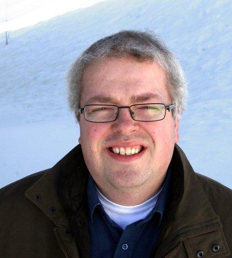 FLYTTER: Prest Ola Viker Lunde flytter ut av presteboligen.