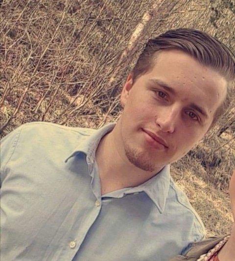 VILLE GJERNE JOBBE: Benjamin Austad (24) ble permittert, men det tok ikke lang tid før han var i jobb igjen.
