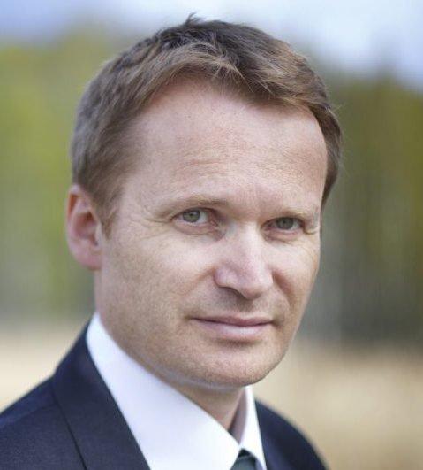 KOMMUNISERER IKKE GJENNOM HA: Styreleder i Halden Arbeid og vekst er tidligere ordfører i Halden og er nå kommunikasjonsdirektør i Norsk Skog Saugbrugs.