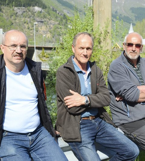 Eivind Tokheim, Ragnar Ystanes, Steinar Langesæter og Ørjan Angell frå Odda og Ullensvang fjellstyre om kommunesamanslåing og rettar i fjellet.