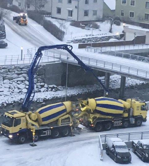 Betongarbeid på Hjøllo.