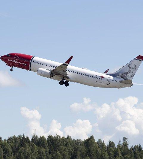 Gardermoen  20160705. Norwegian-fly LN-NIA  tar av fra Oslo Lufthavn Foto: Torstein Bøe / NTB scanpix