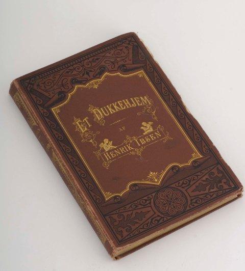 ET DUKKEHJEM: «Et dukkehjem» av Henrik Ibsen. Foto: Norsk Folkemuseum  FOTO:  /