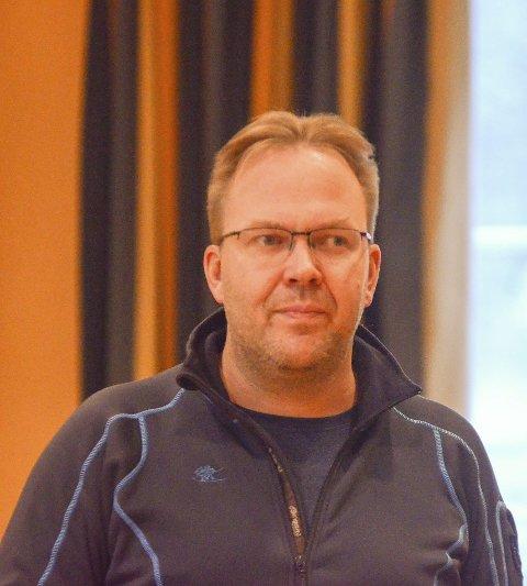 Nøgd: Svein Erik Lund er nøgd med innsamlinga av prøvar.