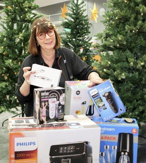 Elektriske pakker: May-Britt Nordås på Power forteller at de har gaver til hele huset og hele familien i alle prisklasser.