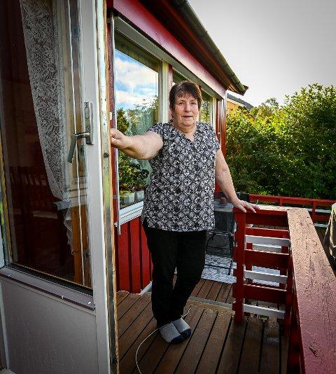 Lidvor Enga fra Nesna frykter for synet sitt etter at tilgangen på øyelege i regi av det offentlige, er blitt redusert på Helgeland.