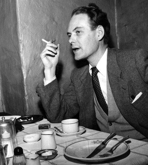 Agnar Mykle splittet samfunnet da han ga ut «Sangen om den røde rubin» i 1956. FOTO: Børretzen, Sverre A.
