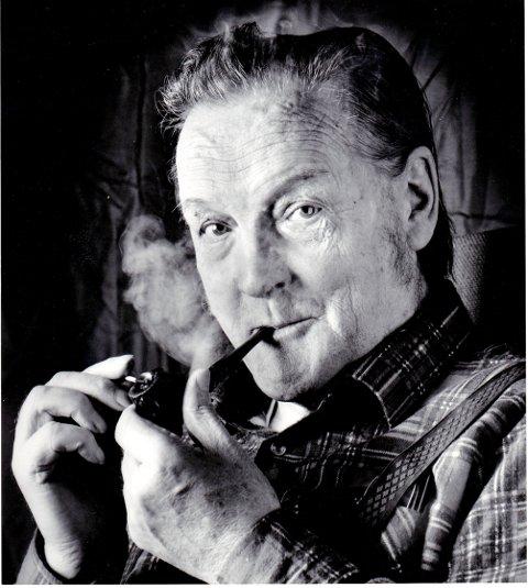 100-ÅRSJUBILANT: Hans Børli vart fødd 8. desember 1918. samme dato i 2018 vert han hylla med ein festkonsert på Rudi gard i Sør-Fron.