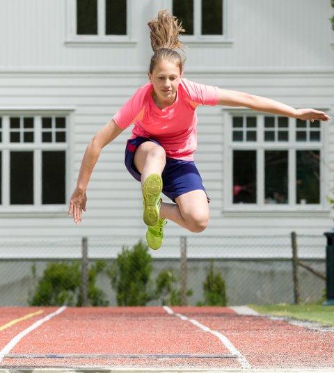 Linn-Katrin Wolff hoppar lengde.