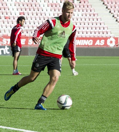 Starter lørdag: FBs julecup starter førstkommende lørdag. Simen Rafn har annonsert at han kommer til å spille for FFK i turneringen. Også Filip Westgaard og Håvard Åsheim skal være med.